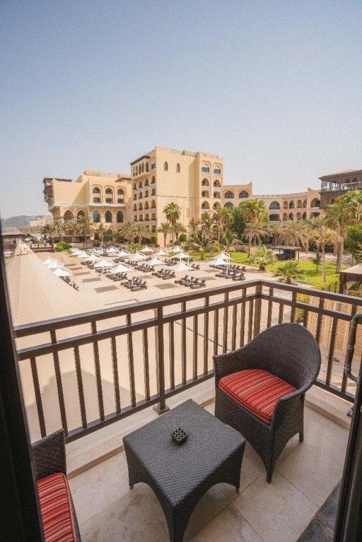 Shangri-la Hotel Qaryat Al Beri, Abu Dhabi Image 43