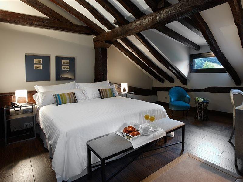 Iriarte Jauregia Hotel, Bidegoian Image 0