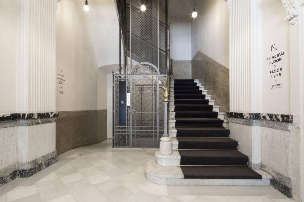 Casagrand Luxury Suites, Barcelona Image 21
