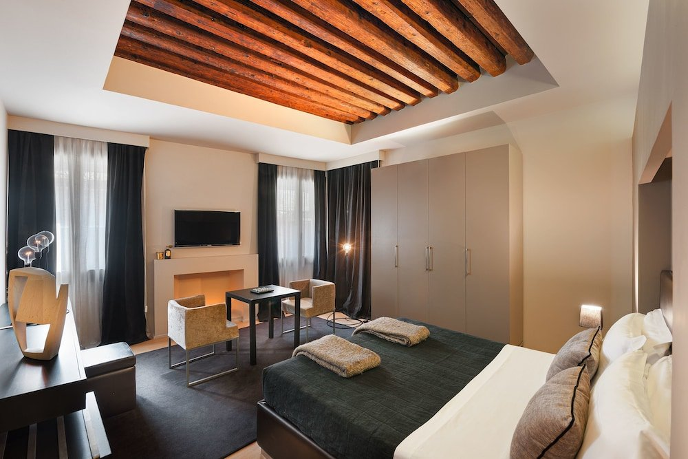 Charming House Dd724, Venice Image 1