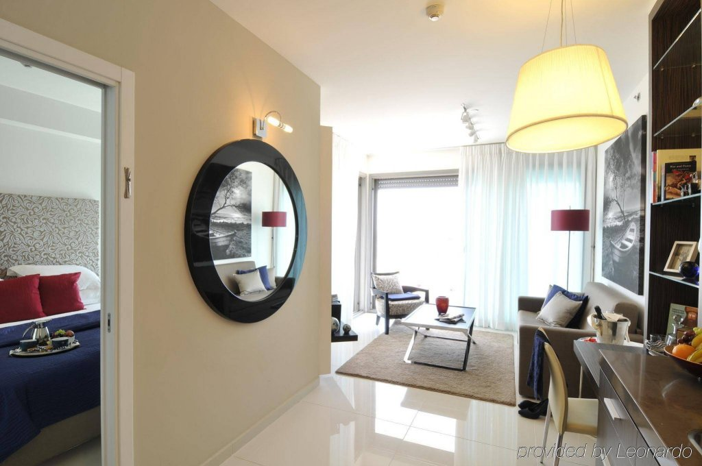 West Tel Aviv - All Suites Hotel By The Sea Image 3