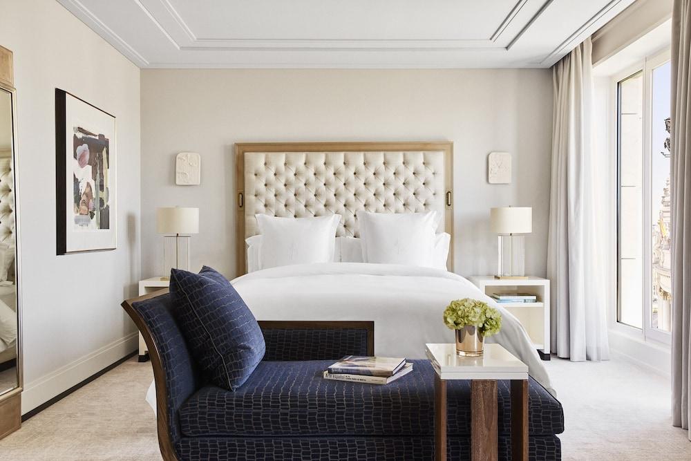 Four Seasons Hotel Madrid Image 12