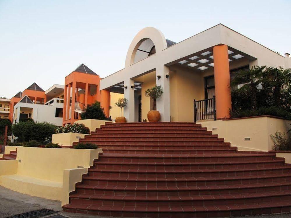 Atrium Hotel, Pefkohori Image 4
