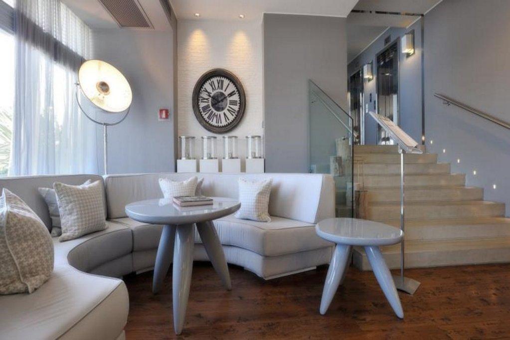Excelsior Pesaro, Pesaro Image 2