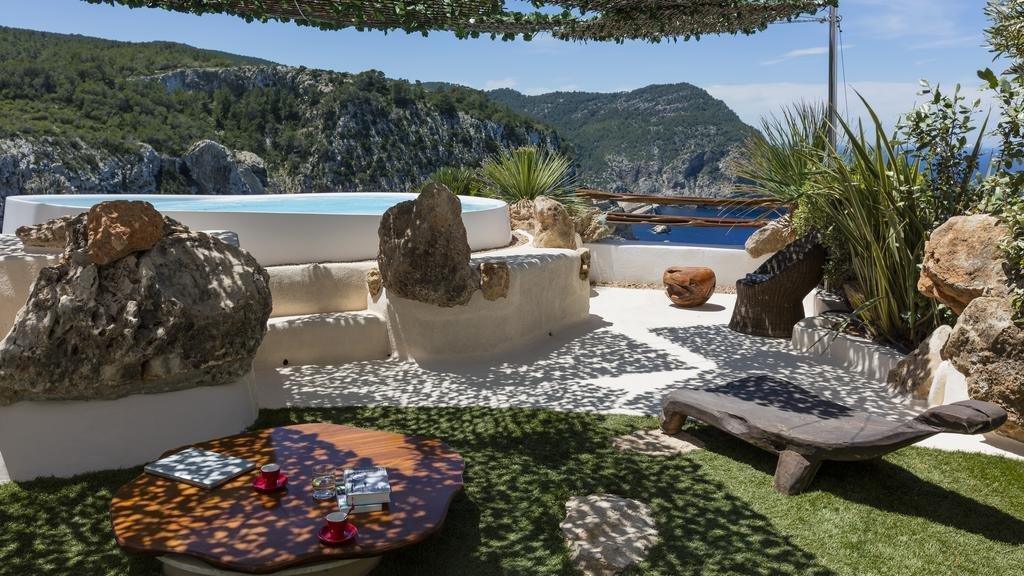 Hacienda Na Xamena, Puerto San Miguel, Ibiza Image 21