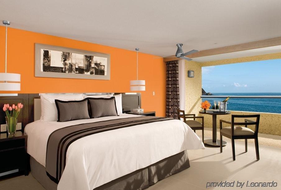 Secrets Huatulco Resort & Spa Image 2