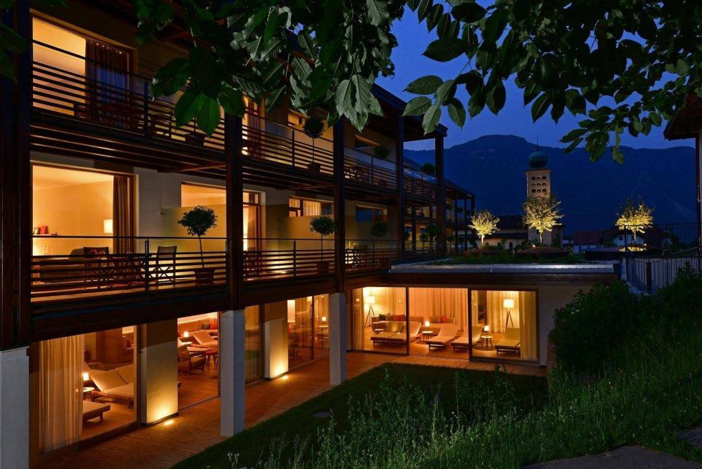 Vigilius Mountain Resort, Lana Image 1