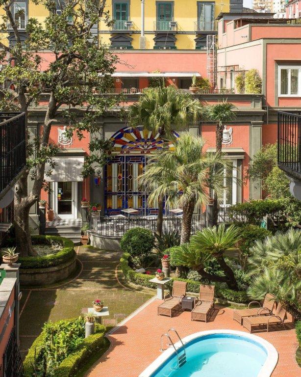 Costantinopoli 104, Naples Image 8
