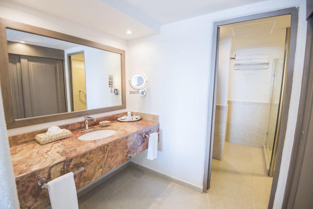 Panama Jack Resorts Gran Caribe Cancun  Image 8