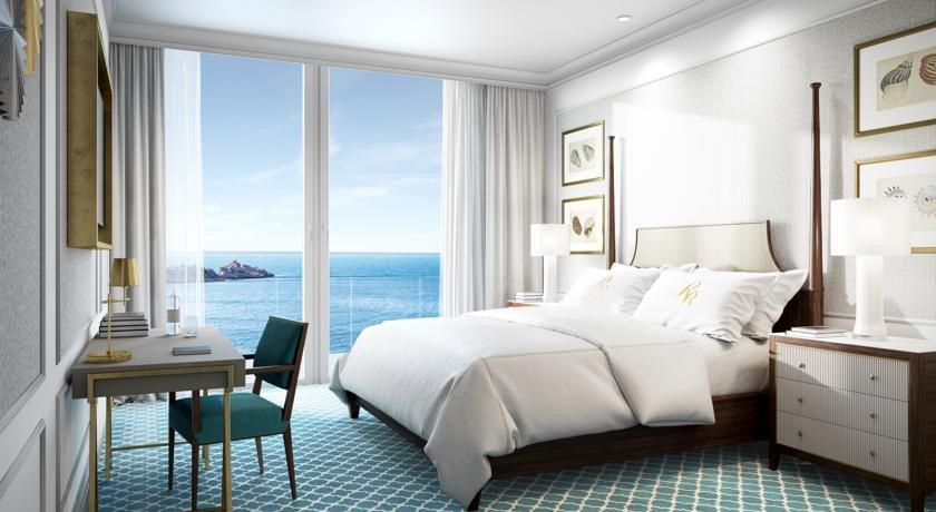 Royal Blue Hotel Image 8