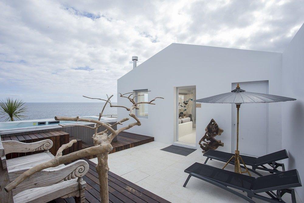 White Exclusive Suites & Villas, Lagoa Image 39