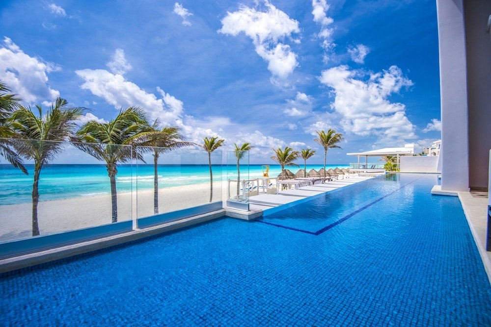 Panama Jack Resorts Gran Caribe Cancun  Image 2
