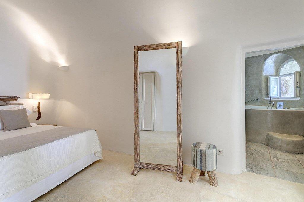 Mystique, A Luxury Collection Hotel, Santorini Image 11