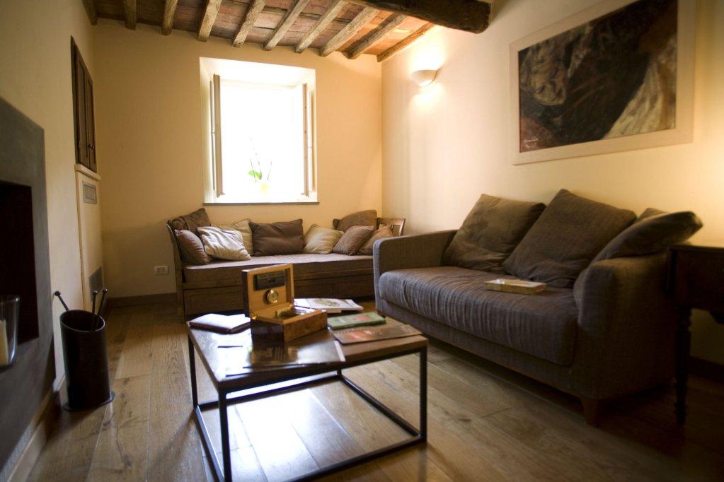 Tenuta San Pietro Hotel & Restaurant, Lucca Image 5