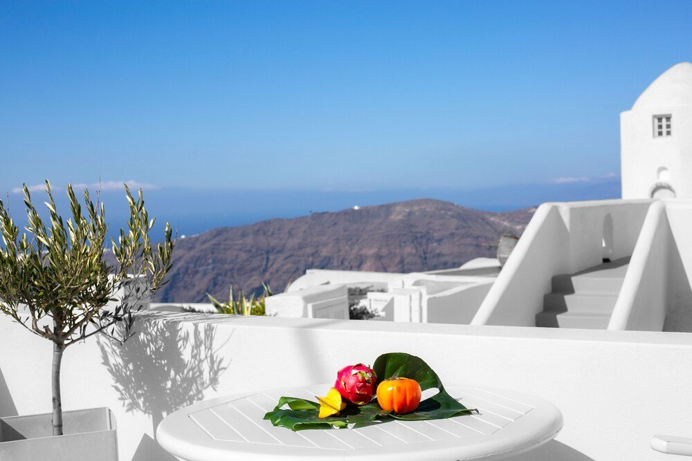 Abelonas Retreat, Santorini Image 4