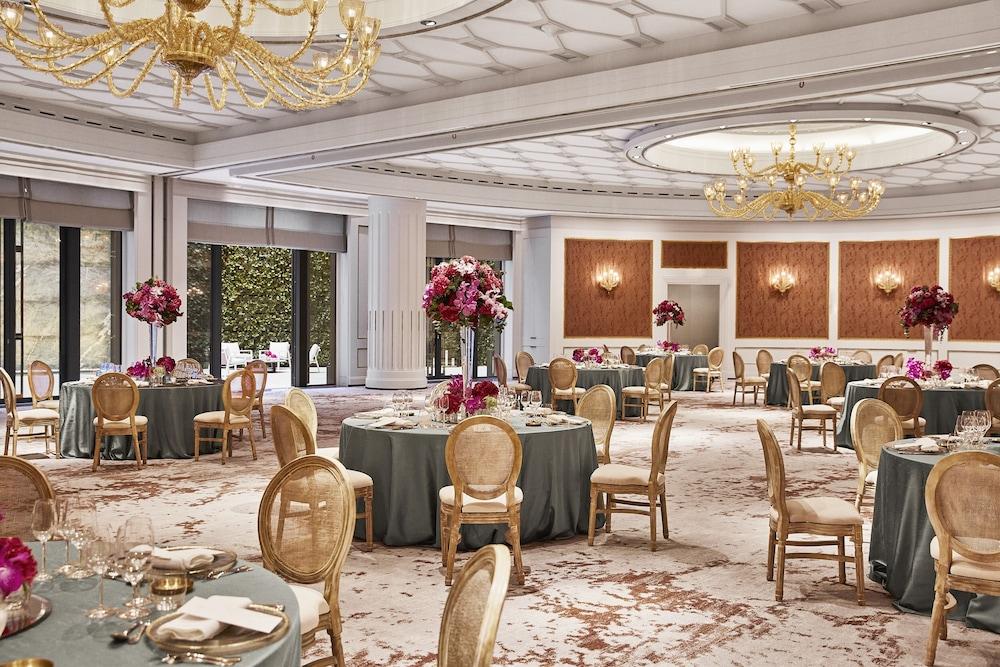 Four Seasons Hotel Madrid Image 41