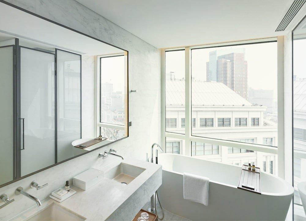 The Shanghai Edition Image 26