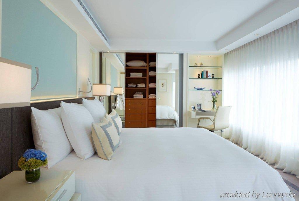 Lanson Place Hotel, Hong Kong Image 1