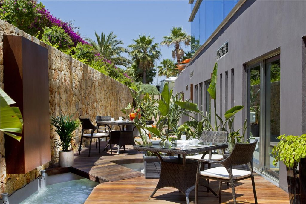 Aguas De Ibiza Grand Luxe Hotel, Santa Eularia Des Riu Image 8