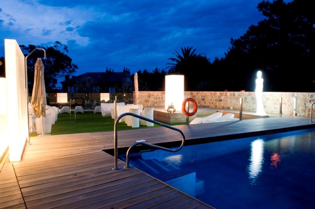 Costa Esmeralda Suites, Suances Image 4