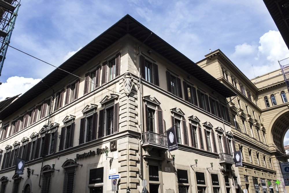 Palazzo Vecchietti, Florence Image 6