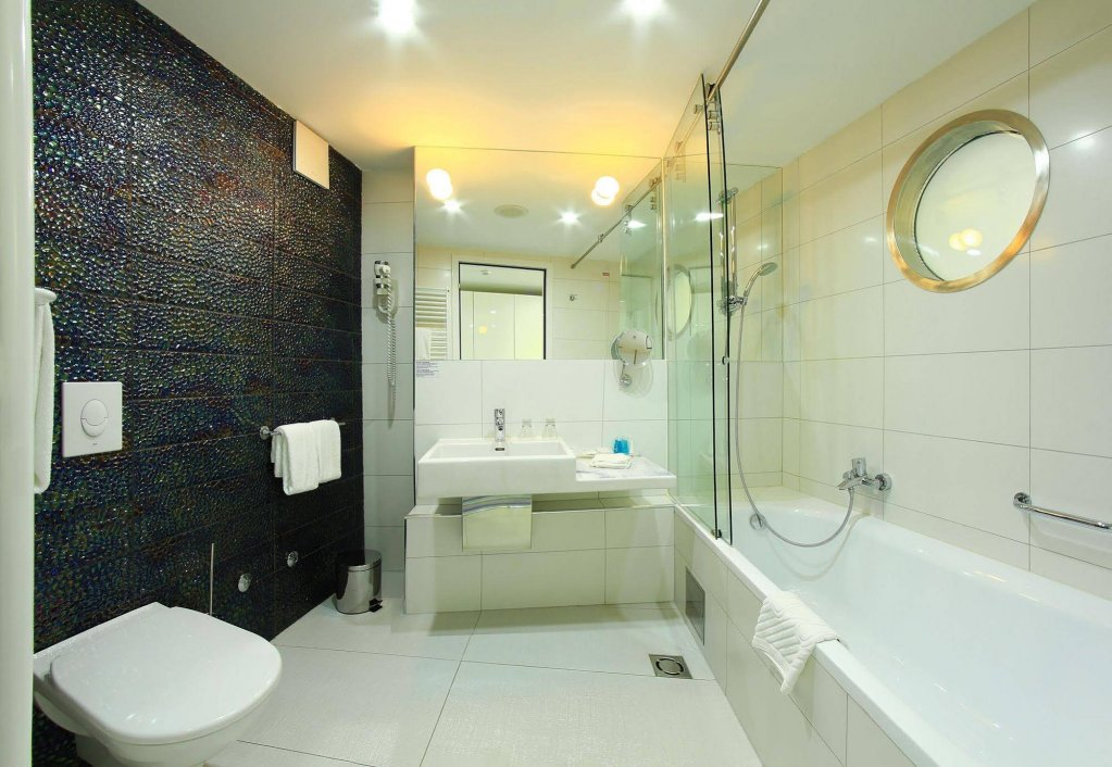 Boutique Hotel Luxe Image 7