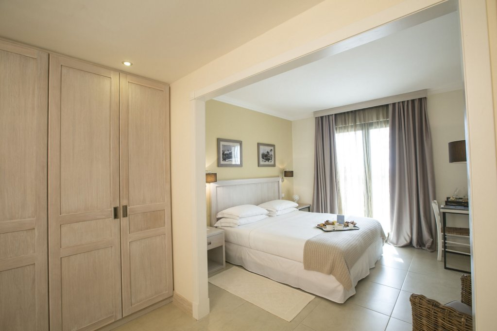 Canne Bianche Lifestyle Hotel, Torre Canne Image 0