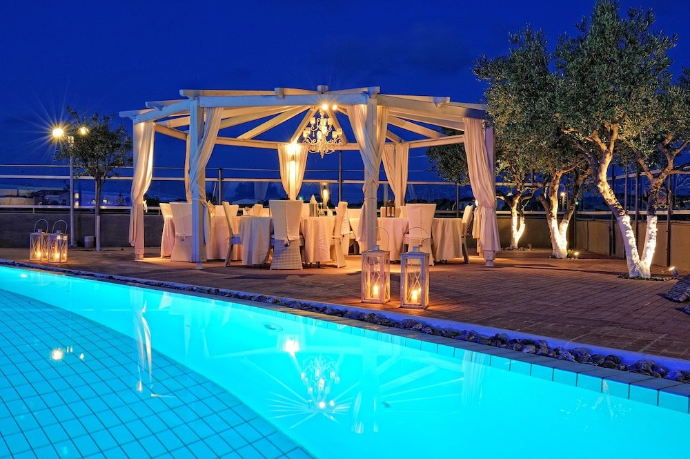 Paradise Island Villas And Hotel, Hersonissos, Crete Image 13