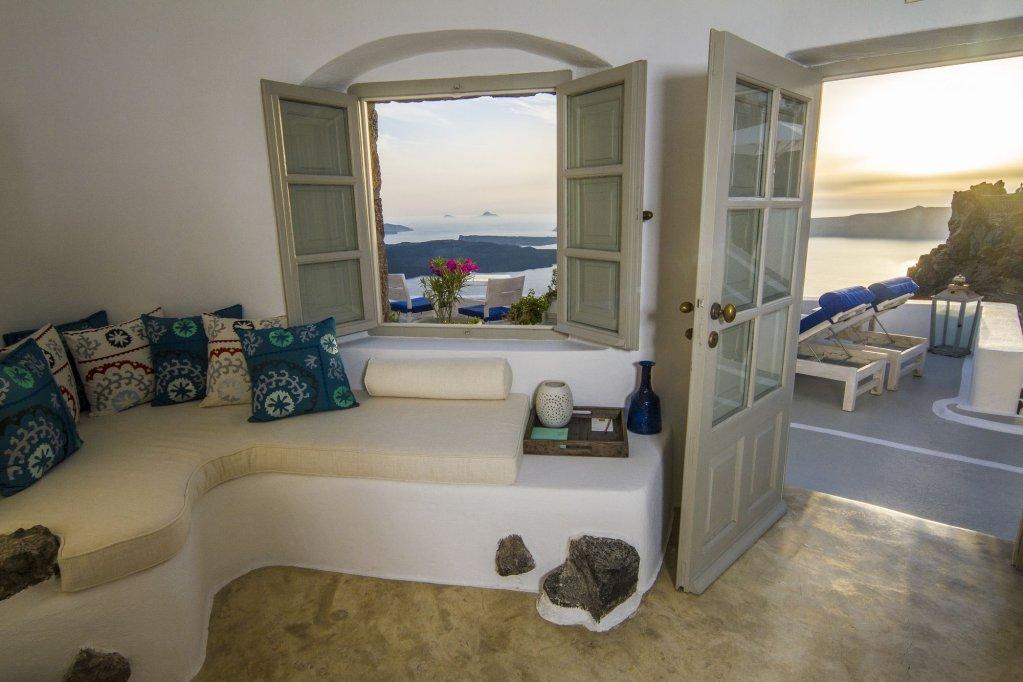Iconic Santorini Image 26