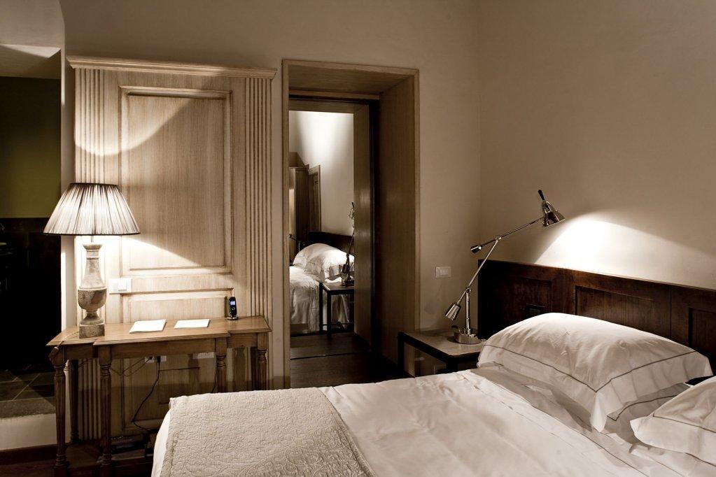 Castel Monastero, Castelnuovo Berardenga Image 6