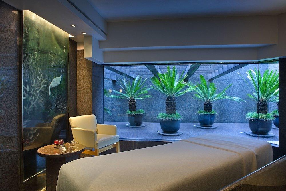 Grand Hyatt Hong Kong Image 2