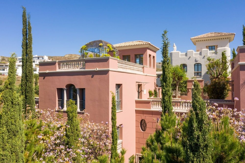 Anantara Villa Padierna Palace Benahavís Marbella Resort Image 6