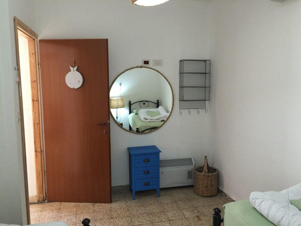 Juha's Guesthouse, Netanya Image 10