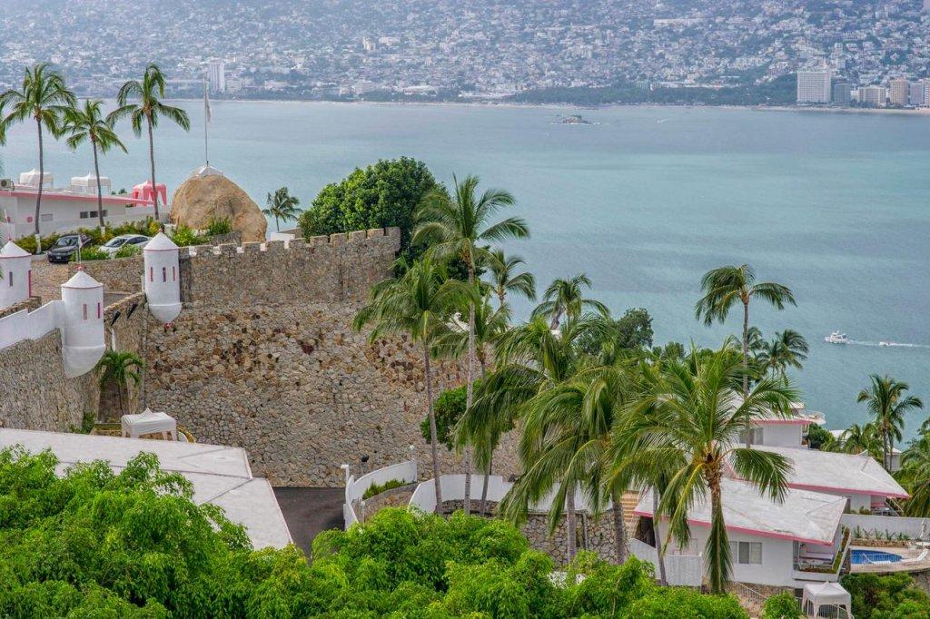 Las Brisas Acapulco Image 27