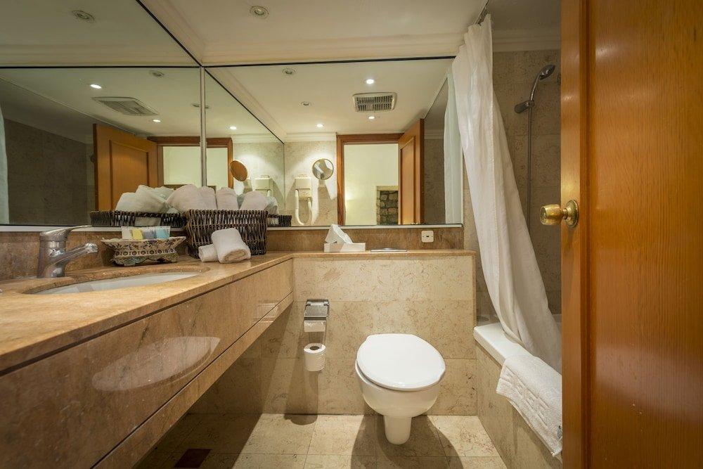 Ruth Safed Hotel  Image 6