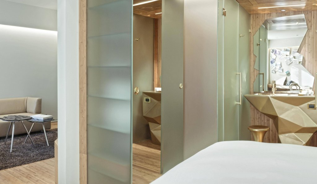 New Hotel Image 33