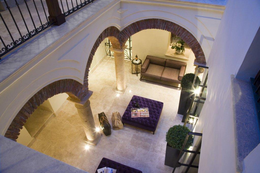 Hotel Claude, Marbella Image 7