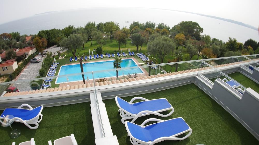 Villa Paradiso Suite, Moniga Del Garda Image 4