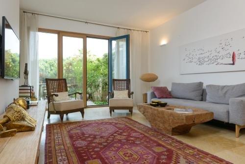 Andromeda Hill Apartments And Spa, Tel Aviv Image 10