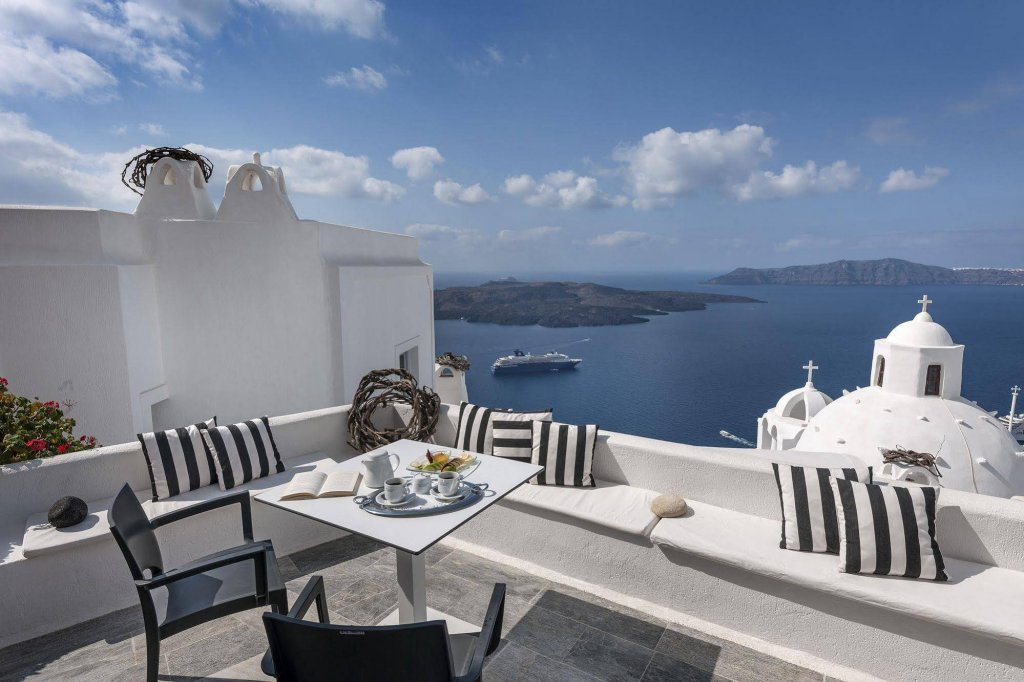 Aigialos Luxury Traditional Houses, Santorini Image 13