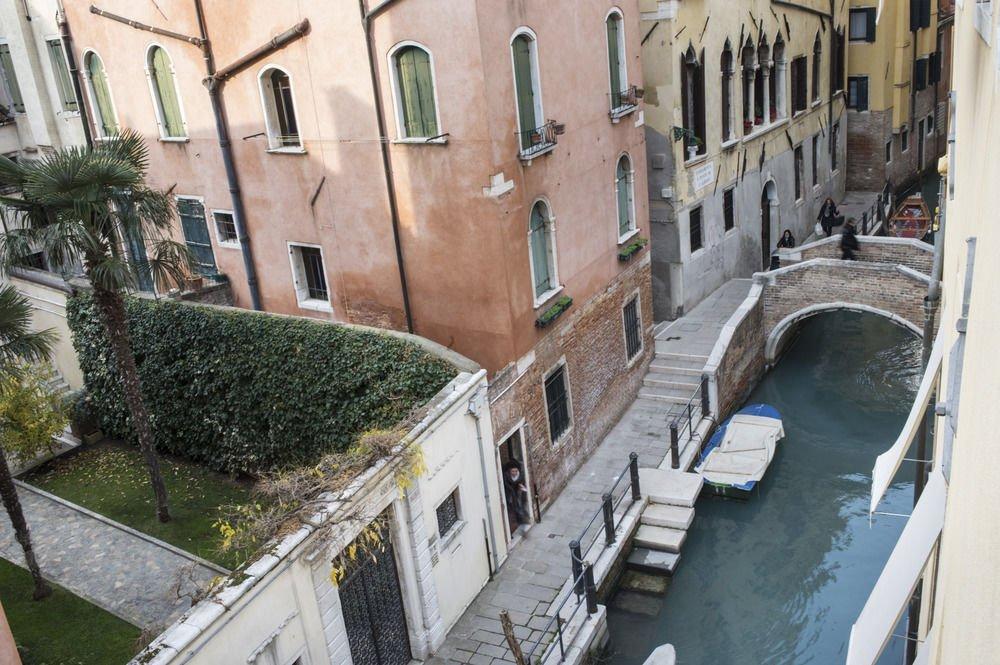 Hotel Corte Di Gabriela, Venice Image 7