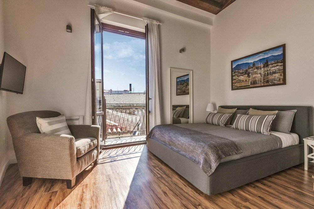 Casa Nostra, Palermo Image 0