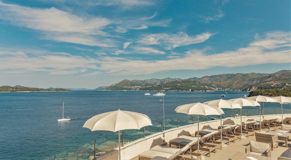 Royal Blue Hotel Image 52