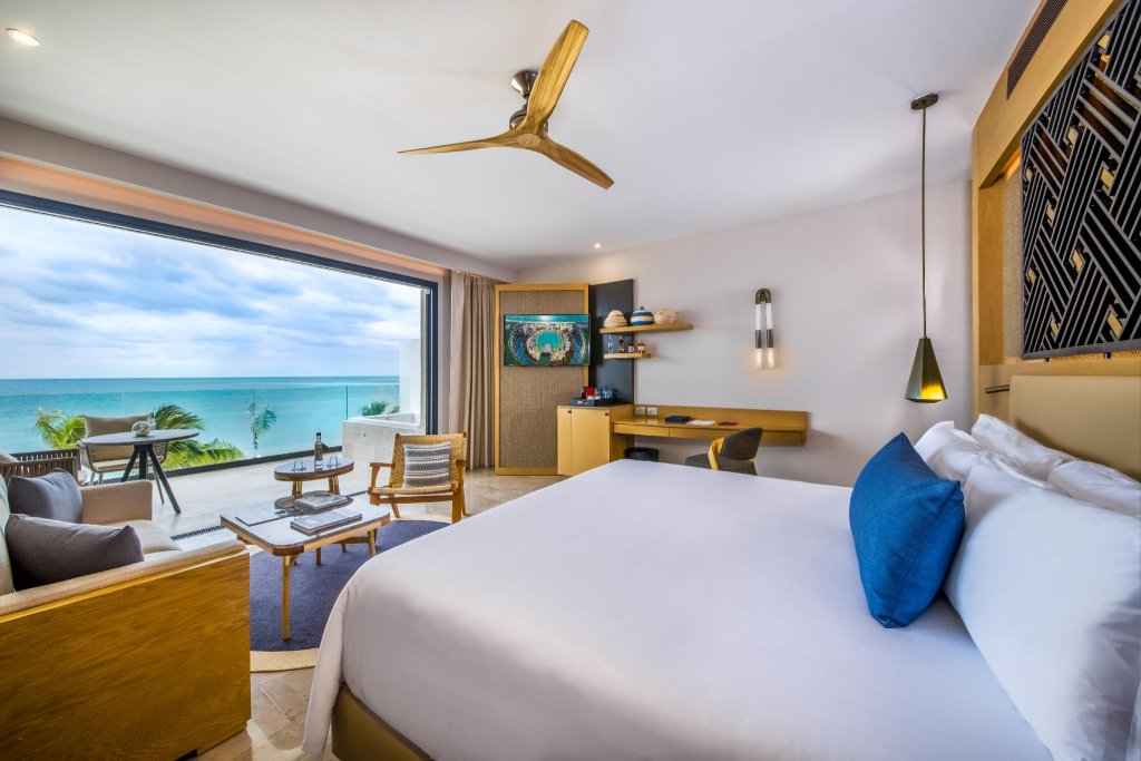 Haven Riviera Cancun Resort & Spa Image 0