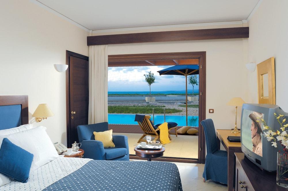 Grand Resort Lagonissi Image 7
