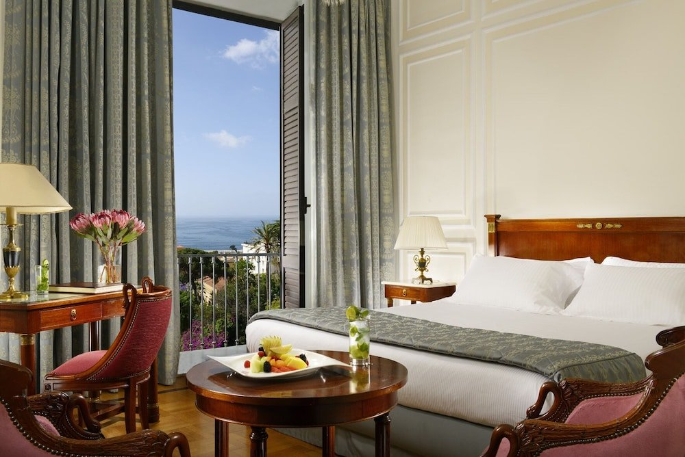Grand Hotel Parker's, Chiaia, Naples Image 41
