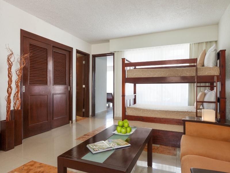 Panama Jack Resorts Gran Caribe Cancun  Image 12