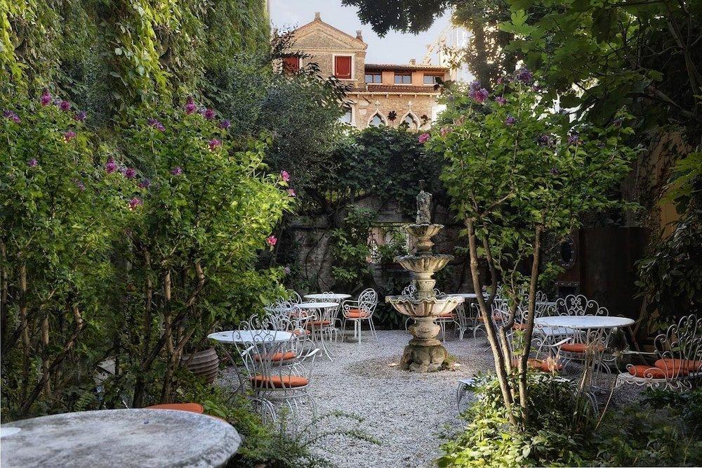 Hotel Flora, Venice Image 1