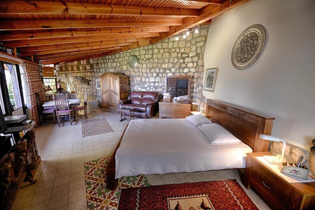 Hameiri Estate, Rosh Pina Image 0