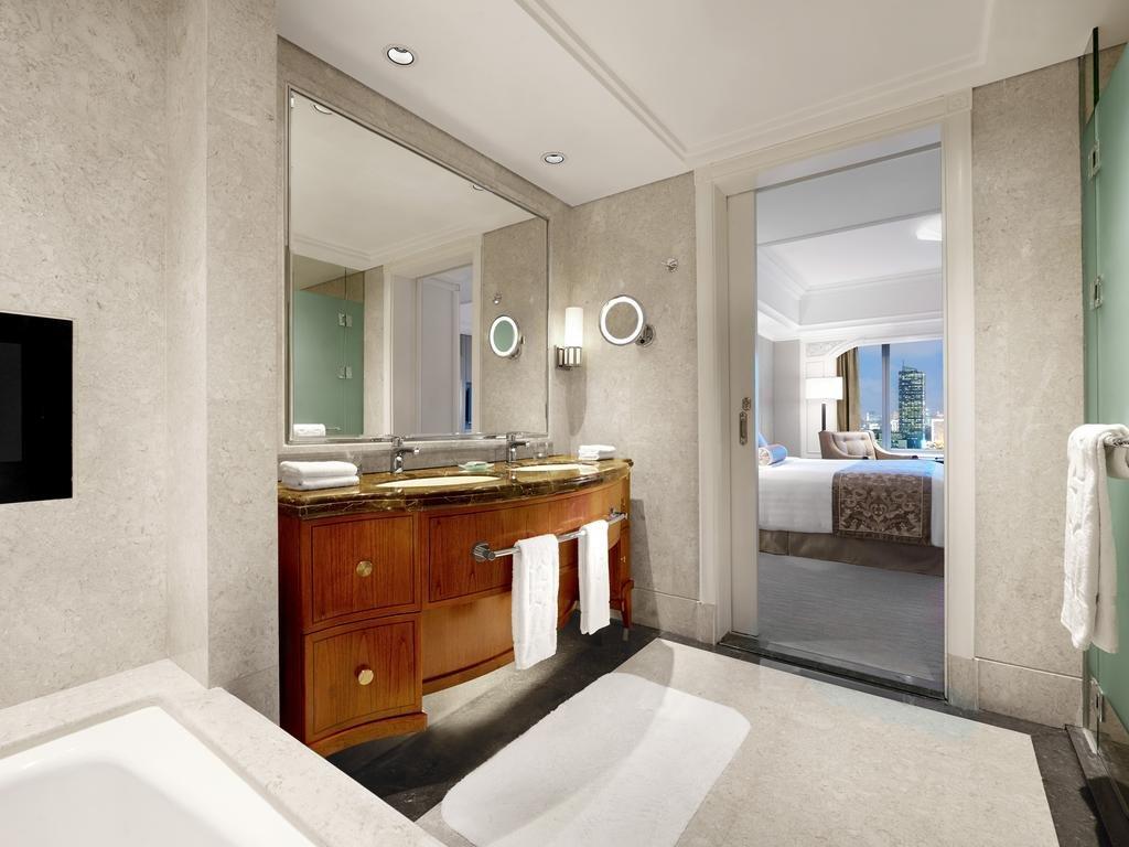 Shangri-la Hotel, Jakarta Image 5